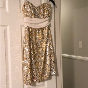 Dresses & Skirts - White & gold sequin strapless dress